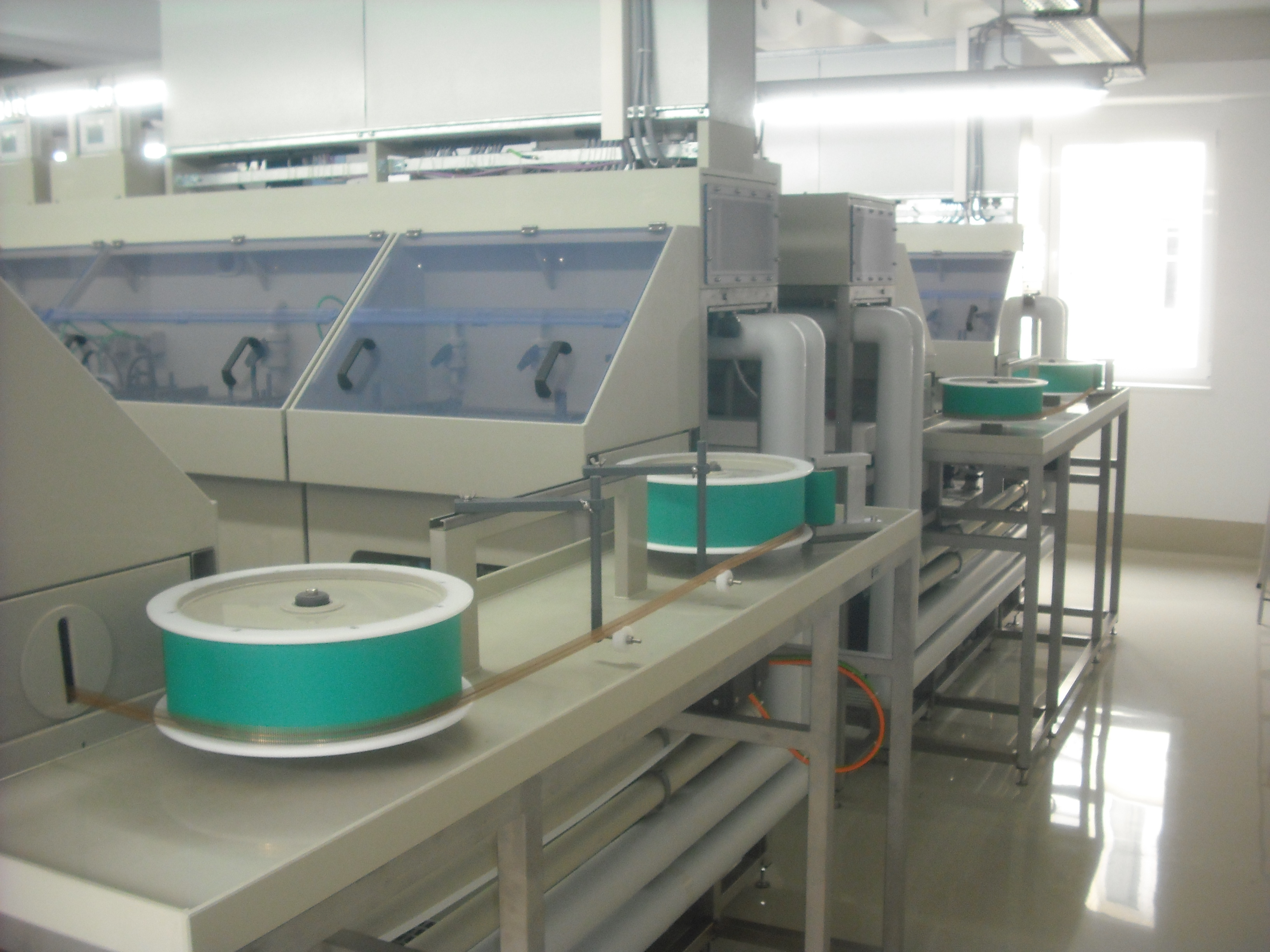 Reel-to-reel electroplating lines